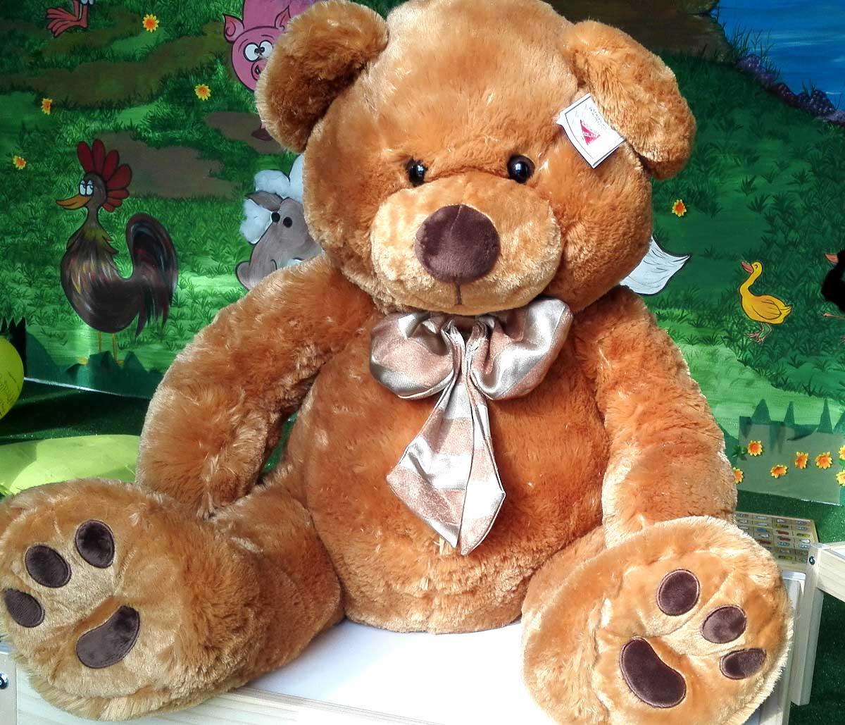 Maxi orsacchiotto gigante di peluche for Affittare una cabina nel grande orso