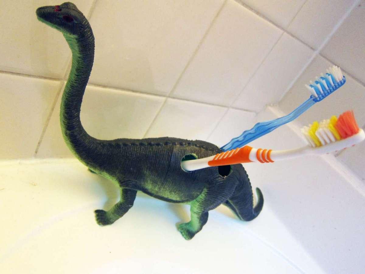 Idee per riciclare vecchi giocattoli usati spiralidoso for Regalo mobili vecchi