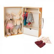 il-piccolo-armadio-la-grande-famille-moulin-roty-bambole-e-vestitini-da-3-anni